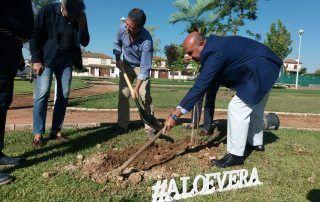 Plantación árboles Encinarejo II Congreso Europeo Aloe Vera